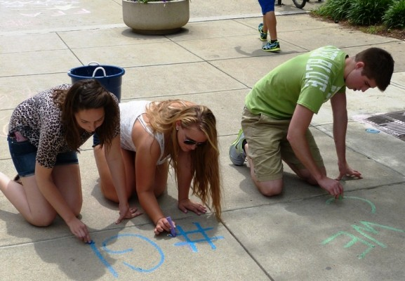 Preparing FFA chalk walk