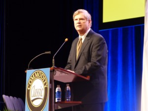 Vilsack at classic 15
